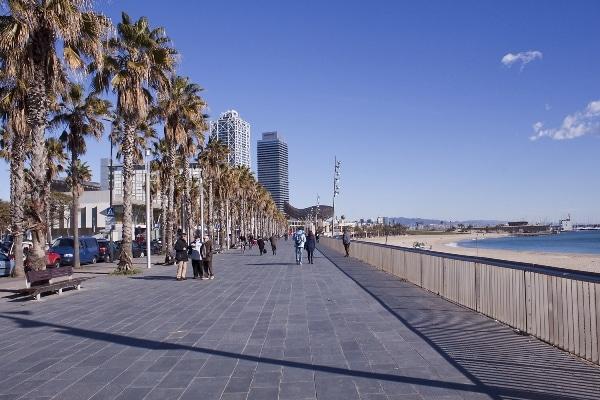 la Barceloneta la plage de Barcelone