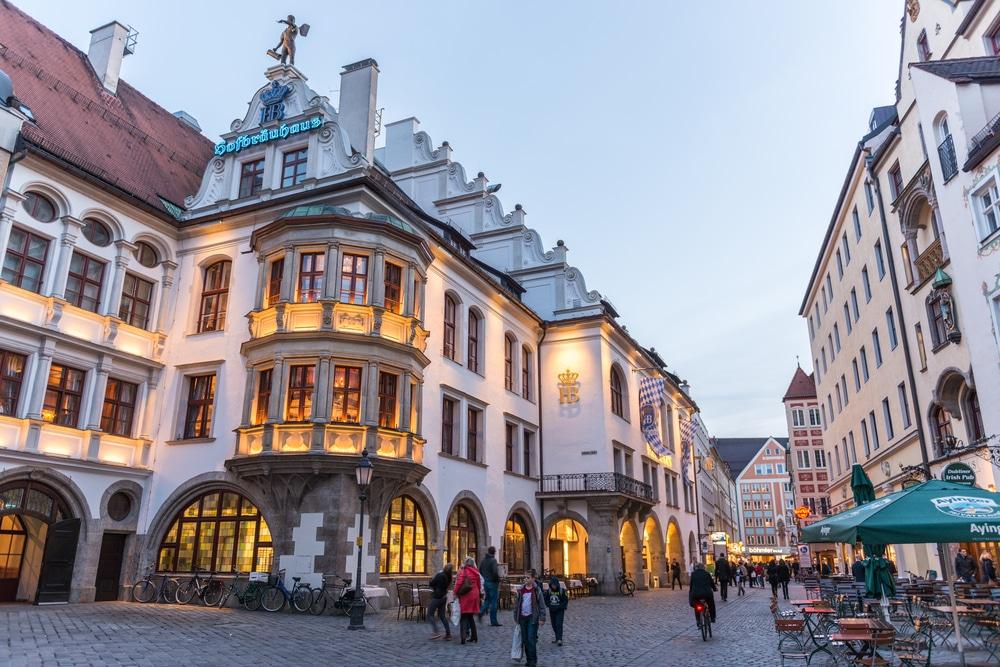 Visiter Hofbräuhaus
