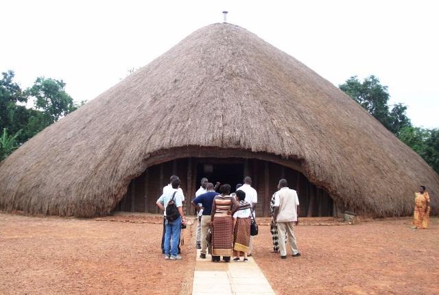 Tombes de Kasubi, Kampala