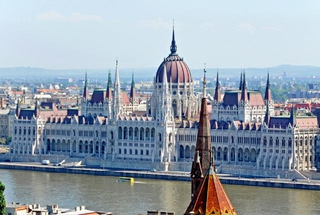 Voir le Parlement hongrois