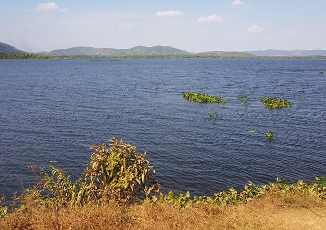 Voir le lac secret à Kampot: