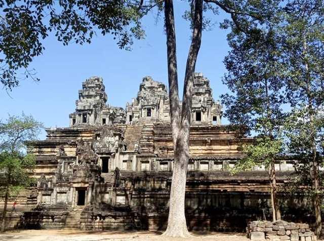 Le temple Baphuon à Angkor: